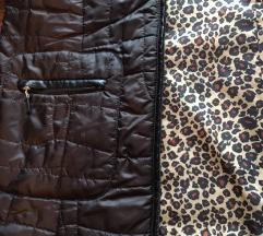 Lagana skafander jaknica s kožnim detaljima