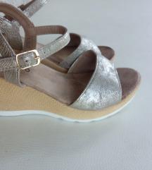 Sandale platforme 37