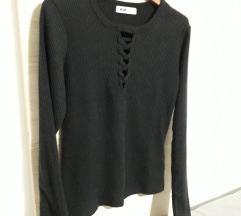 2+1 gratis Rebrasta crna majica