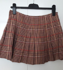 Sisley vunena zimska suknja NOVO