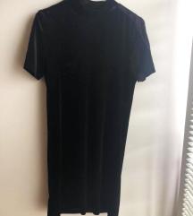 Velvet crna haljina ravnog kroja