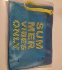 Shiseido toaletna torbica
