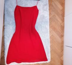 Slip crvena haljina