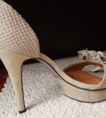 Stikle/sandale br 36