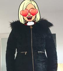 Guess krznena jakna