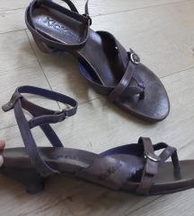 Sandale Kickers s poštarinom