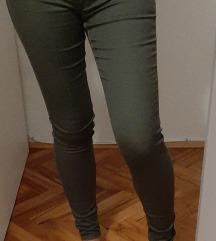 Maslinastozelene hlače