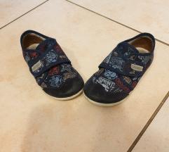 Papuce 25