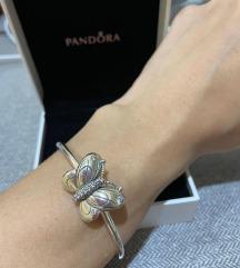 Pandora narukvica sa velikim leptirom