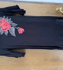 Zara haljina s našivenim cvijetom