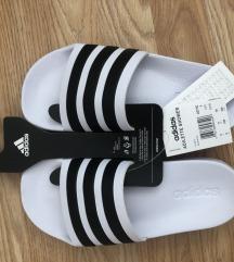 Adidas papuče