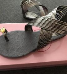 Ljetne sandale gladijatorice niske