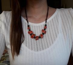 Podesiva crveno zelena ogrlica-ručni rad