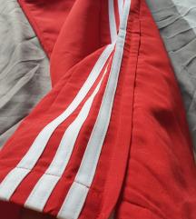 Adidas climalite crvena trenirka/pt.uključena