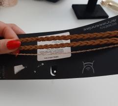 Novi pleteni choker sa zlatnim lancicem