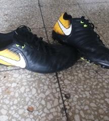 Kopačke Nike 37,5