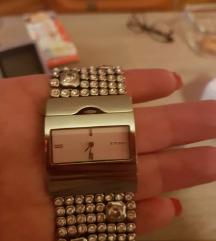 Ženski ručni sat - elegantni sa cirkonima
