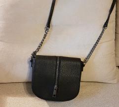 Replay crna torbica sa zipom