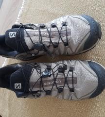 Salomon planinarske cipele