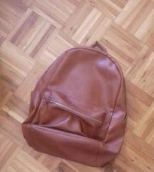 New Yorker ruksak (nije mali, stane laptop!)