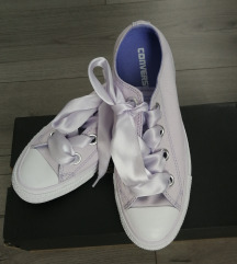Nove lila Converse 39,5