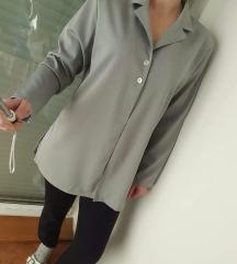Sivi lagani ogrtač/sako, kao novi