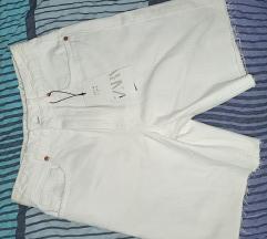 Bijele kratke hlače (Zara)
