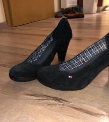 Tommy Hilfiger predivne cipele 40