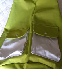 Zeleno-bijeli ruksak