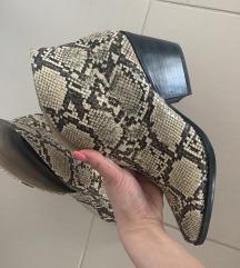 Gleznjace -snake