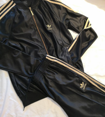 Adidas trenirka % i adidas majica na poklon