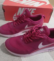 Tisak gratis Nike air max thea, vel. 38