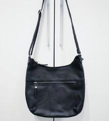 Carpisa veća crna torba