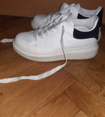 Bijele tenisice