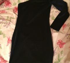 Amisu pencil, choker haljina, hologram look