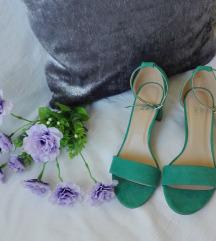 Nove sandale blok peta