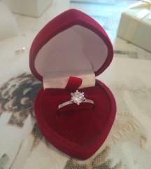 Novi srebreni prsten