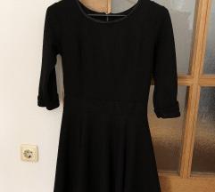 Crna skater haljina