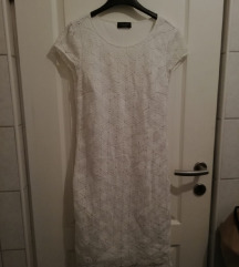 %%Čipkasta bijela haljina bez rukava