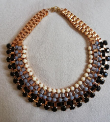 Crno-siva ogrlica