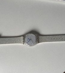 Swatchov ženski sat