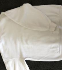 Bershka bijeli pulover
