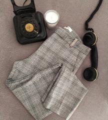 Sive karirane hlače*/sada 45kn
