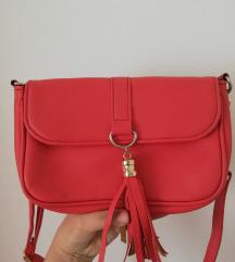 Crvena mala torbica