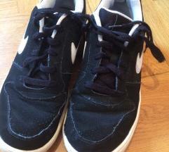 Nike tenisice 44 broj