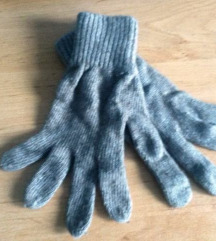 Smeđe vunene rukavice