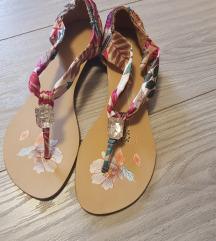 Sandalice cvjetne💕