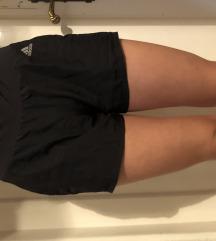 Adidas kratke hlačice