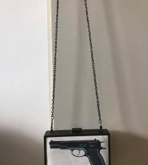Unikatna torba pištolj -