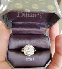 Dillard's srebrni prsten